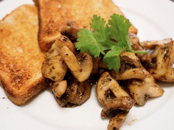 Tasty Breakfast Mushrooms – Like A Vegan